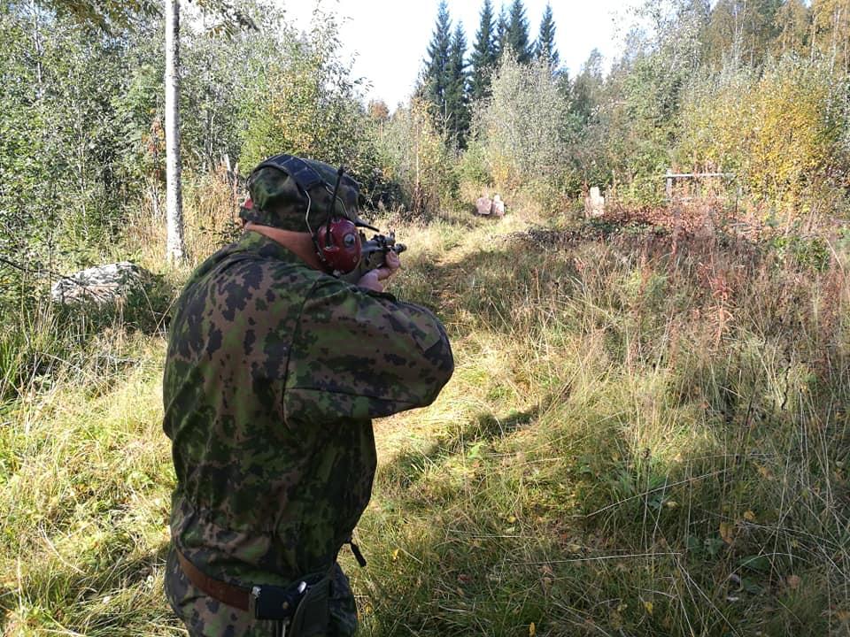 SRA-ammunta harjoitukset